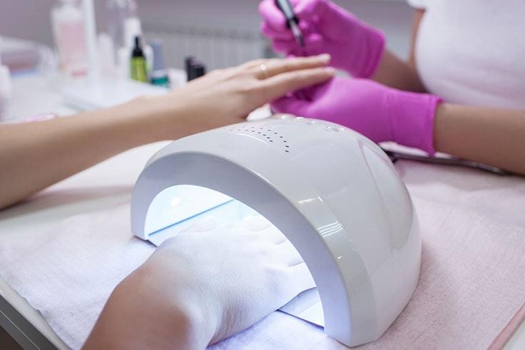 Las mejores lámparas UV para tus uñas